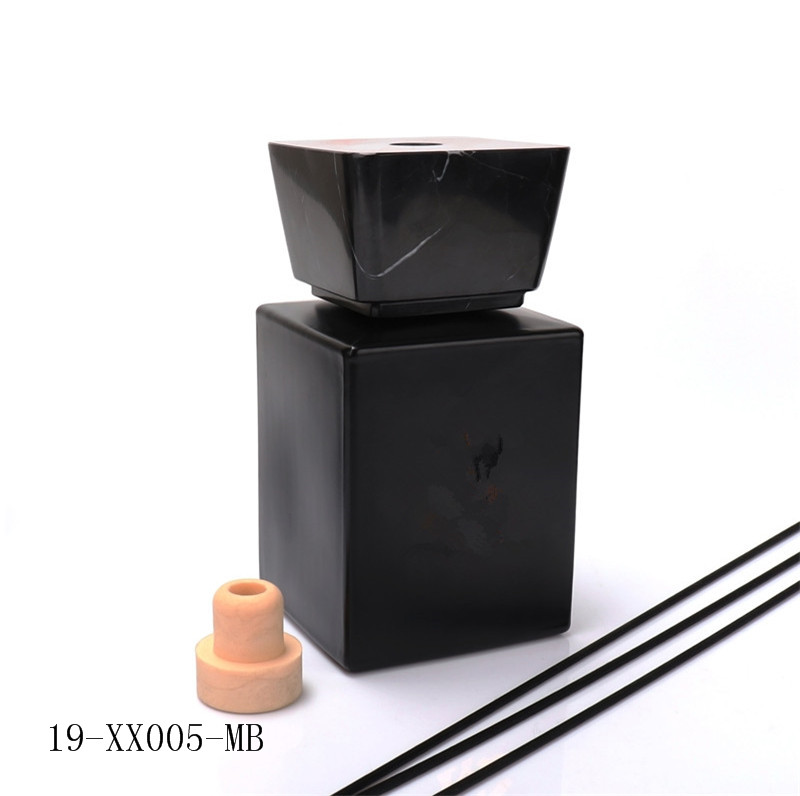 500ml Luxury Matt Black Empty Diffuser Bottle With Marble Cap