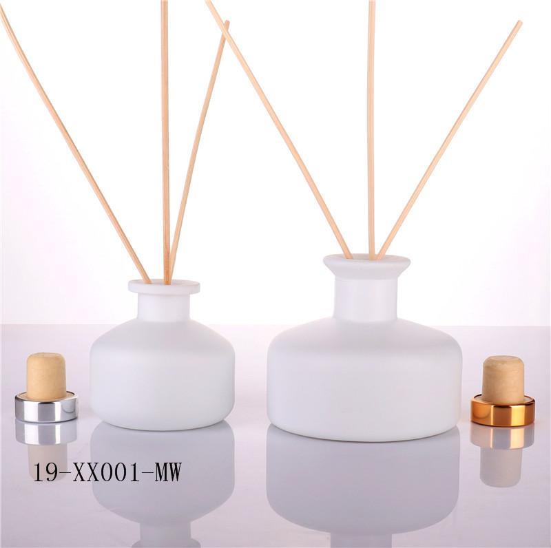 Custom Unique Design Empty Reed Diffuser Bottle